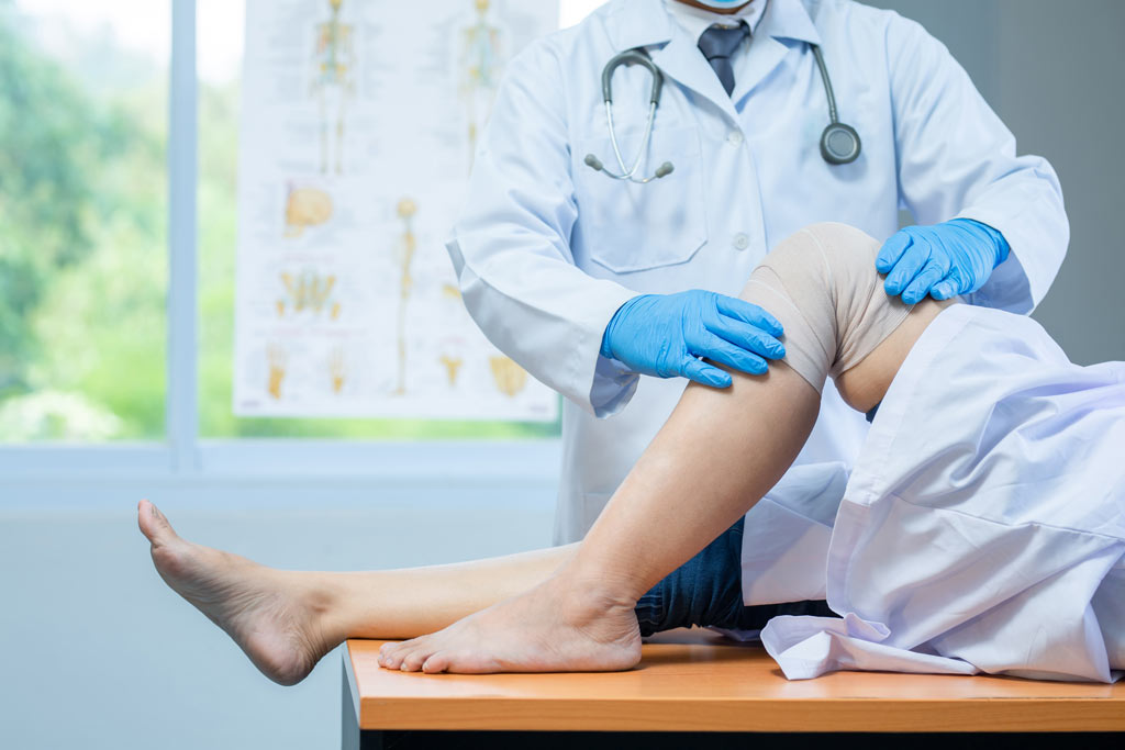 Osteopathic Initial Assessment for knee